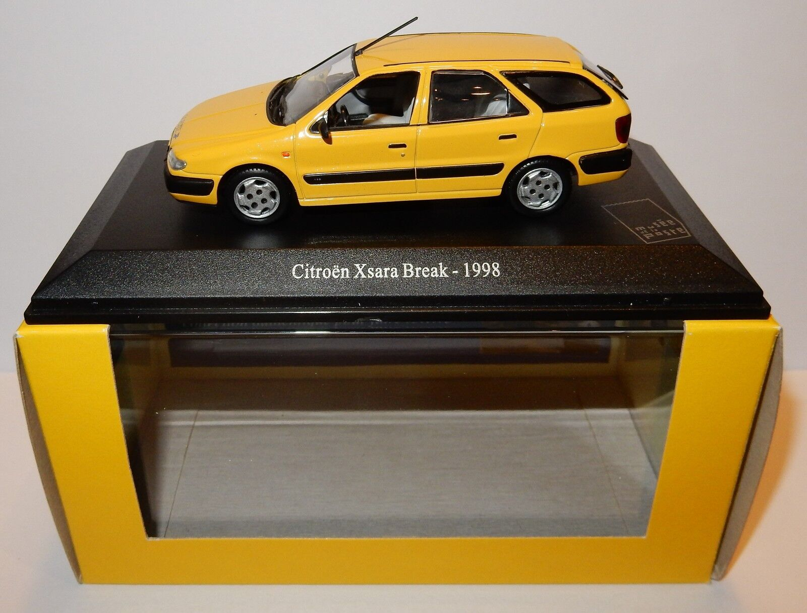 RARE UNIVERSAL HOBBIES UH CITROEN XSARA BREAK 1998 POSTES POSTE PTT 1 43 BOX