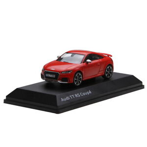 1-43-AUDI-TT-RS-Coupe-Rojo-Modelo-automovil-de-fundicion-Juguete-De-Coleccion
