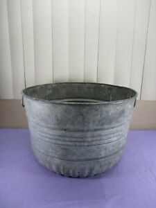 Vintage Metal Galvanized Steel Bushel Wash Tub Planter w ...