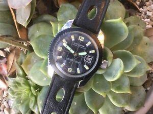 Vintage CustomTime Marine Luxus Diver 200 Feet Swiss Date Watch PARTS OR REPAIR