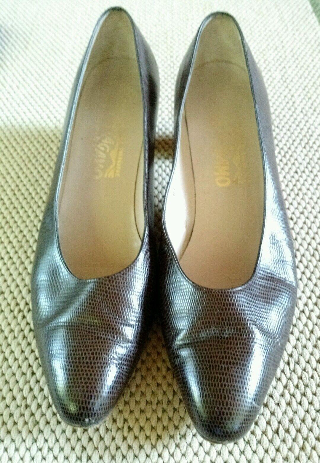 Salvatore Ferragamo Women's Brown Faux Lizard Skin shoes Sz 10 AA Narrow
