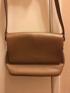 46e8ac7bd3 Image is loading Salvatore-Ferragamo-Tan-Leather-Hobo-Handbag-Purse
