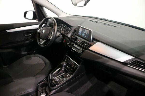 BMW 220d 2,0 Active Tourer Advantage aut. billede 6