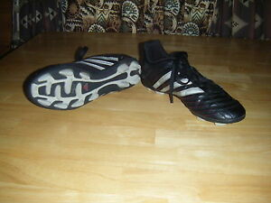 Men's Adidas Traxion Black Striped Leather Lace Hard Ground Cleats Shoes Sz 6