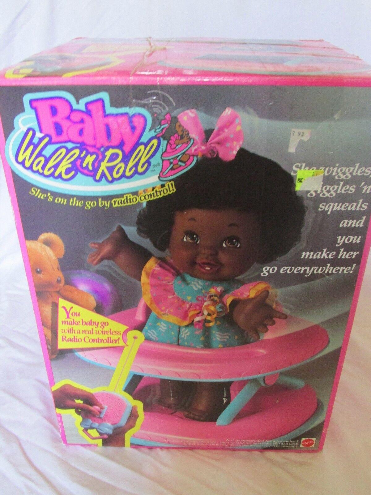 Brandneu in Karton Vintage Baby Spaziergang n Roll Doll Afrikanisch American