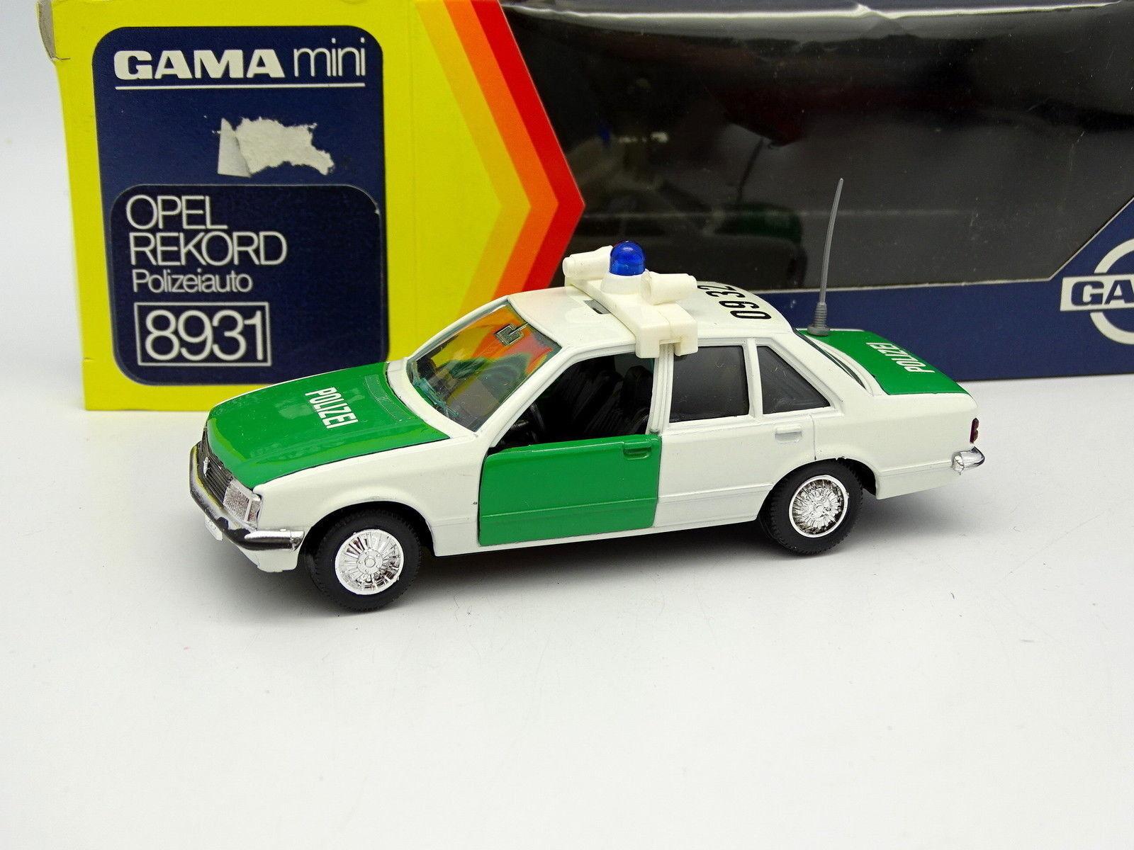 Gama 1 43 - Opel Rekord Polizei