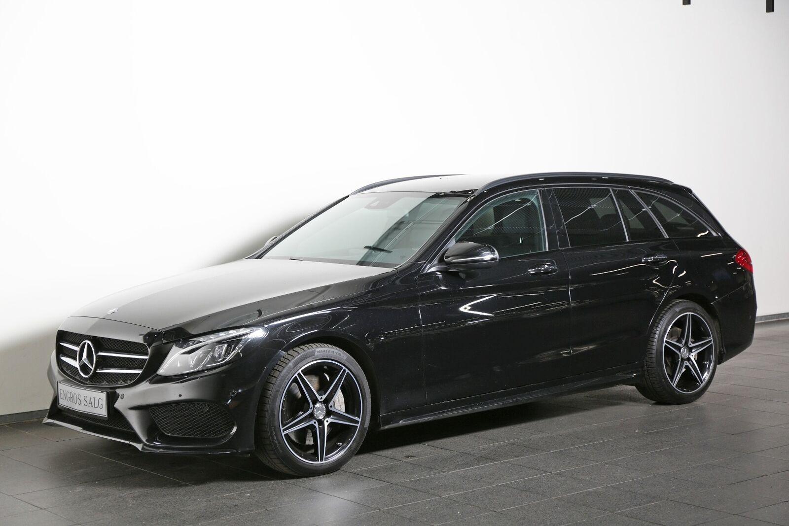 Mercedes-Benz C400 3,0 AMG Line stc. aut. 4-M