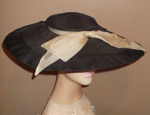 Vtg Ladies 1930s/40s Wide Woven Brim Black Cartwh… - image 1