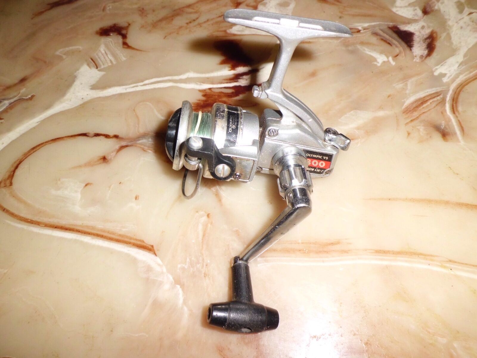 Vintage Olympic VS 800 Ultra Light Spinning Reel made in Japan