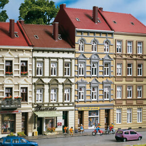 Auhagen-kit-11392-NEW-HO-3-AND-4-STORY-BUILDINGS-SCHMIDTSCHTRASSE-13-15