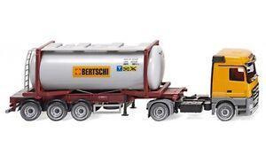 053602-Wiking-Tankcontainersattelzug-Swap-MB-Actros-034-Bertschi-034-1-87