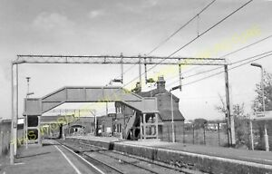 Romford and Hornchurch to Ockendon. Upminster Railway Station Photo 3