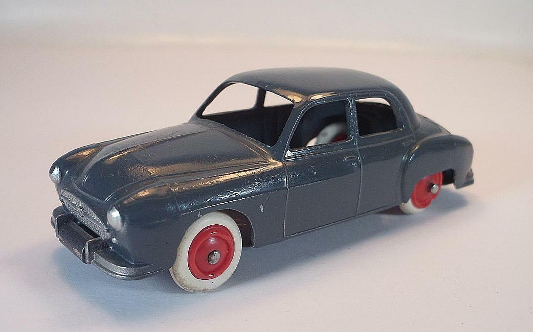 CIJ 1 43 No.3 51 Renault Fregate beton grey different base mint condition