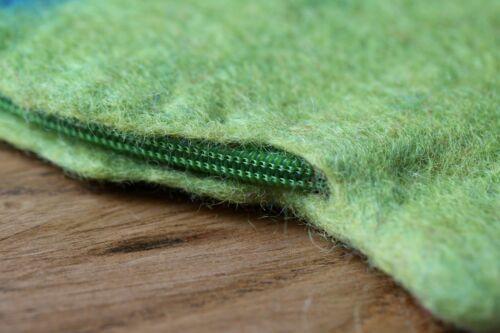 NUOVO FATTO A MANO 100/% Lana Feltro LOVELY zip-around Pesce Verde Borsetta Stocking Filler