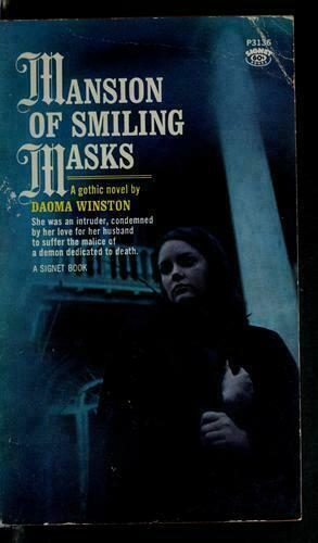 Mansion of Smiling Masks (Thorndike Large Print Romance), Daoma Winston, Very Go