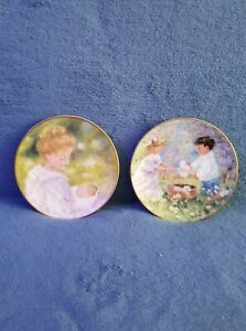 2-1997-amp-1998-AVON-MOTHER-039-S-DAY-Collector-PORCELAIN-PLATES-6-5-034