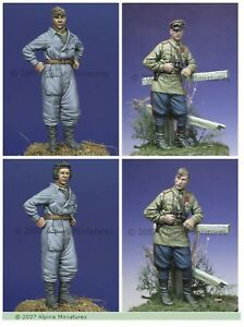 Alpine-Miniatures-1-35-35014-WW2-Russian-Tank-Crew-Set-1943-45-2-figures