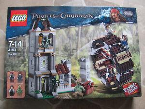 Lego Pirates Des Caraïbes 4183 Duel Au Moulin À Eau Nouveau