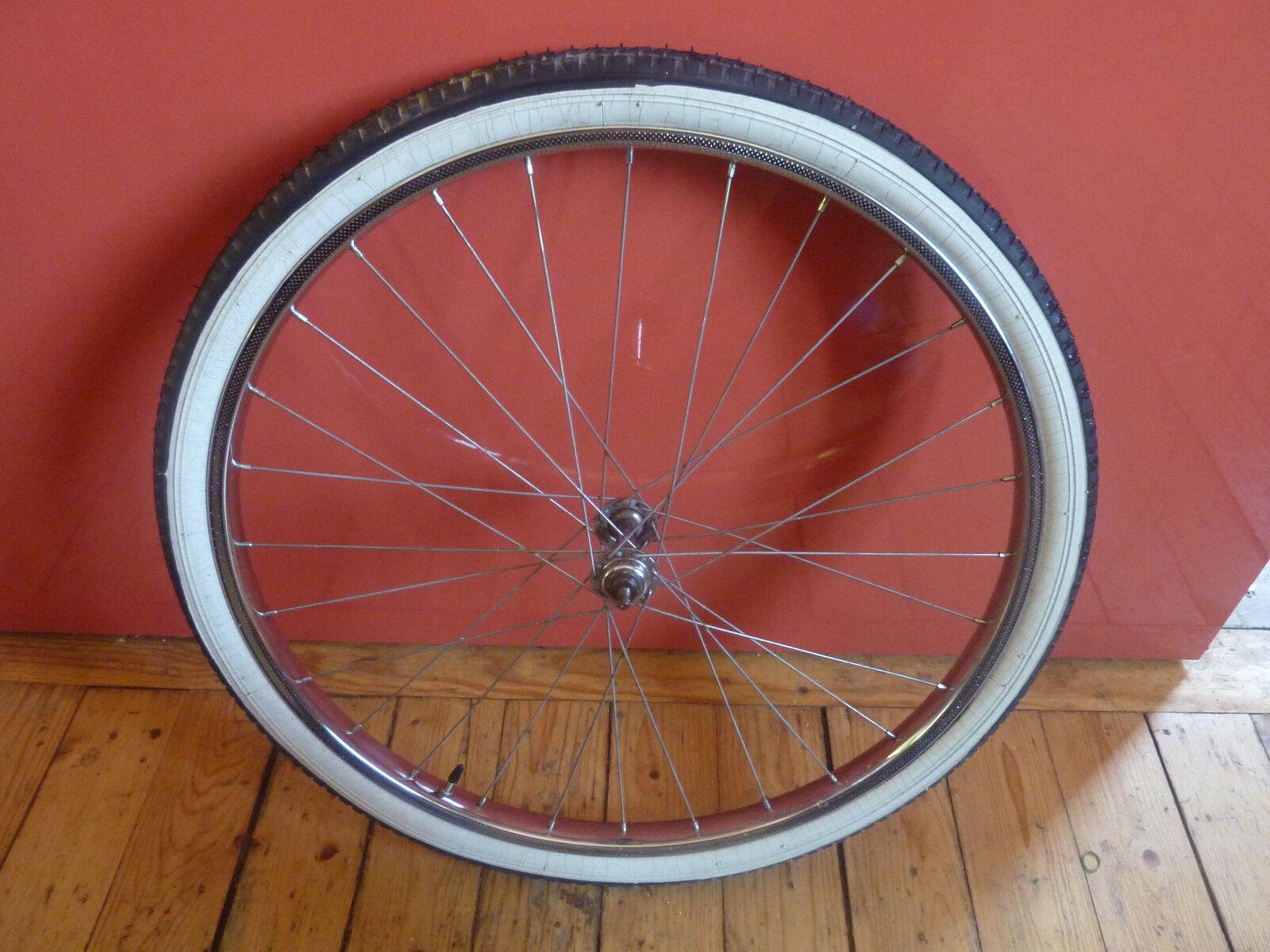 Roue avant de vélo vintage  24 x 1.75  Maccari Torino chromé