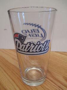"Budweiser BUD LIGHT NFL NEW ENGLAND PATRIOTS 6"" Beer Glass"