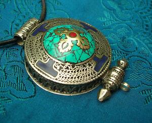Great tibetan Amulet Gau Nepal Silber Coral+