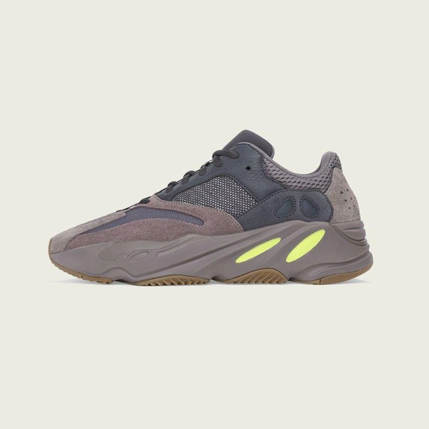 Adidas Yeezy Boost 700 Mauve Size 8 1 2