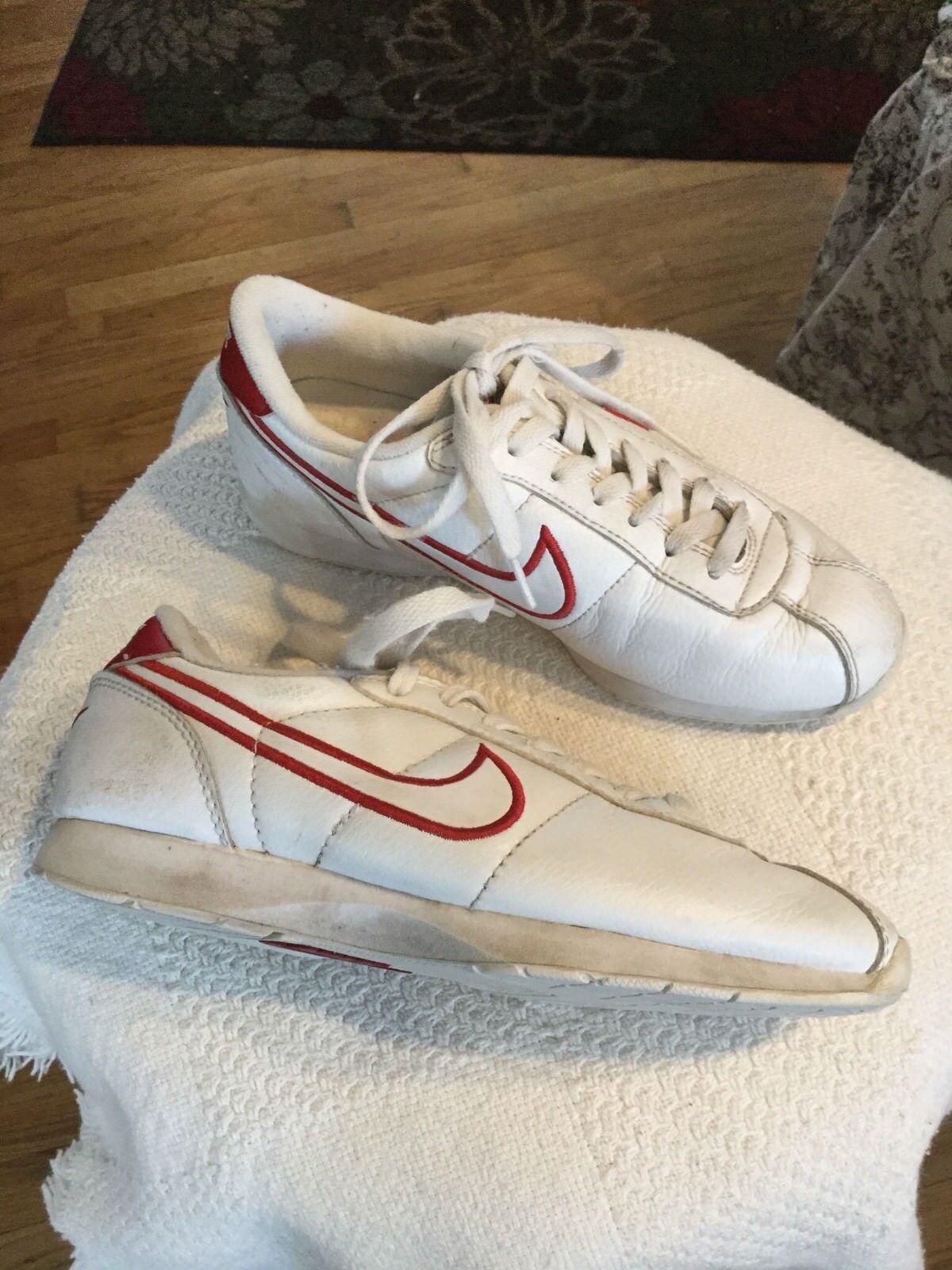 Nike Womens Vintage original stamina Leather Size 6 White/Red swoosh 2000