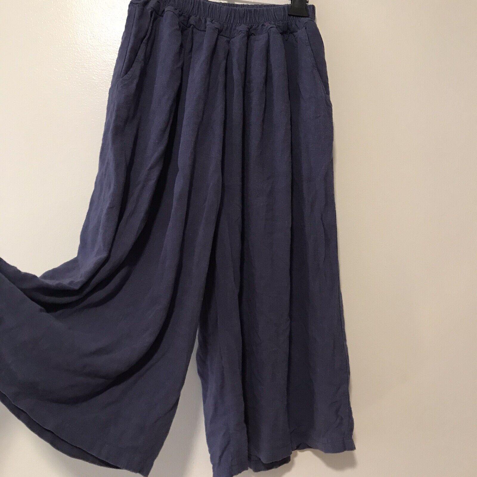 Pinkblush gaucho pants Small - image 1