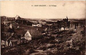 CPA-Iles-Chausey-Le-Village-633107