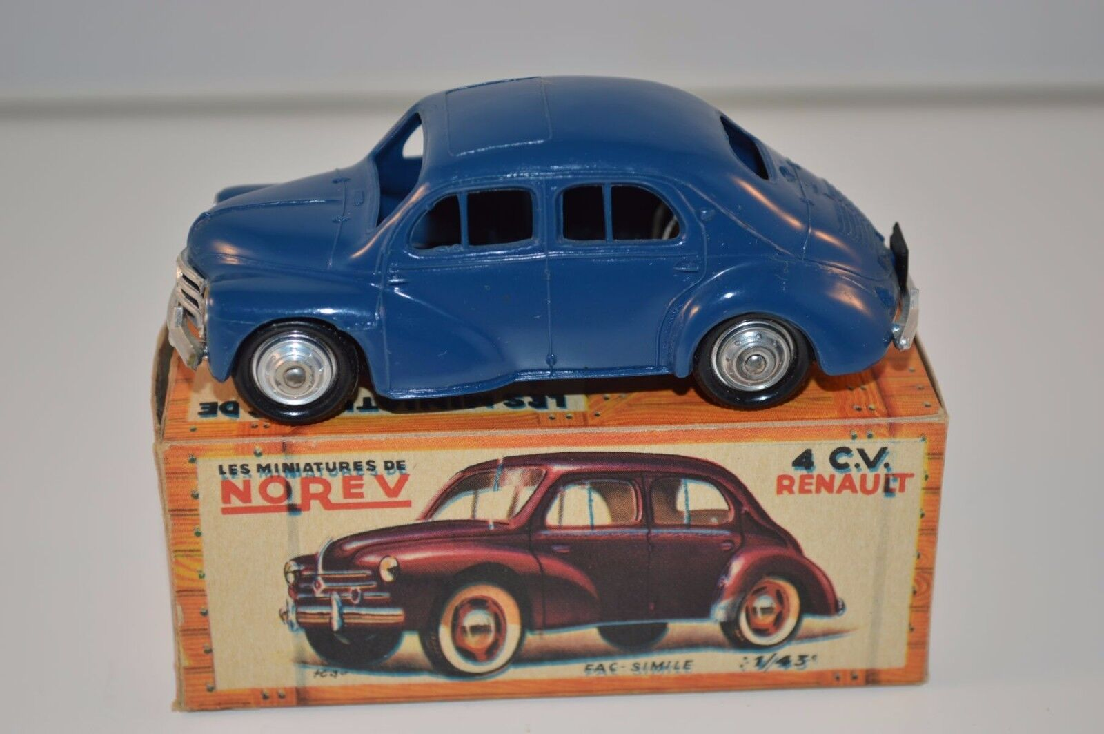 Norev 17 Renault 4CV plastique with metal bottom perfect mint in box superb