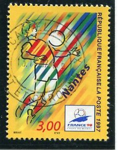 TIMBRE-FRANCE-OBLITERE-N-3076-FRANCE-98-FOOTBALL-Photo-non-contractuelle