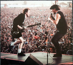 AC-DC-POSTER-PAGE-ANGUS-YOUNG-amp-BRIAN-JOHNSON-2003-TORONTO-CONCERT-T6