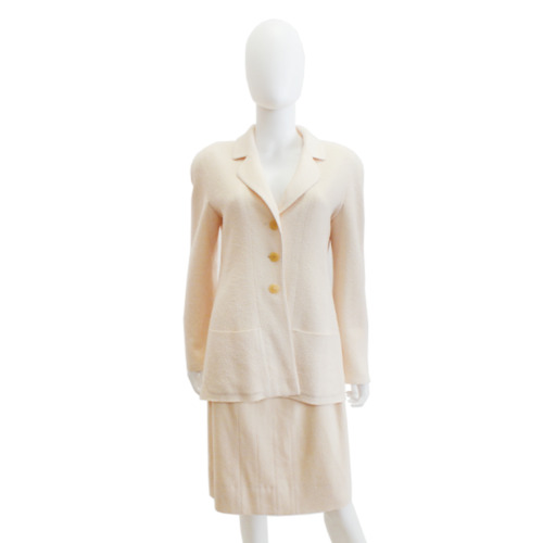 Chanel   Ivory Knit Suit