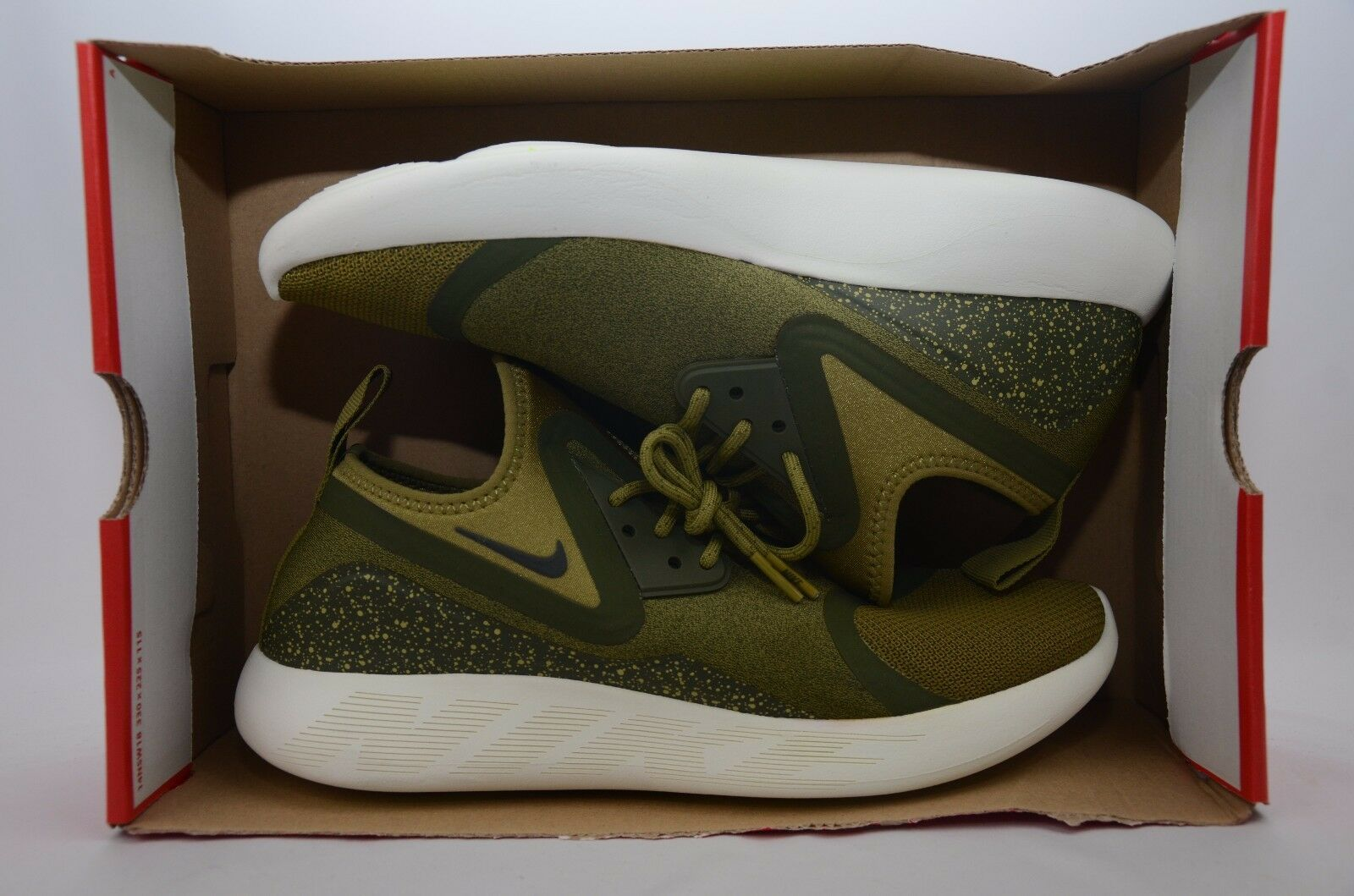 Nike Lunarcharge Essential Green Men's Size 10 New New New in Box NO Top Lid 923619 300 f873dc