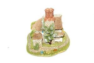 Lilliput-Lane-House-Jasmine-Cottage-Classics-Collection-Box-Handmade