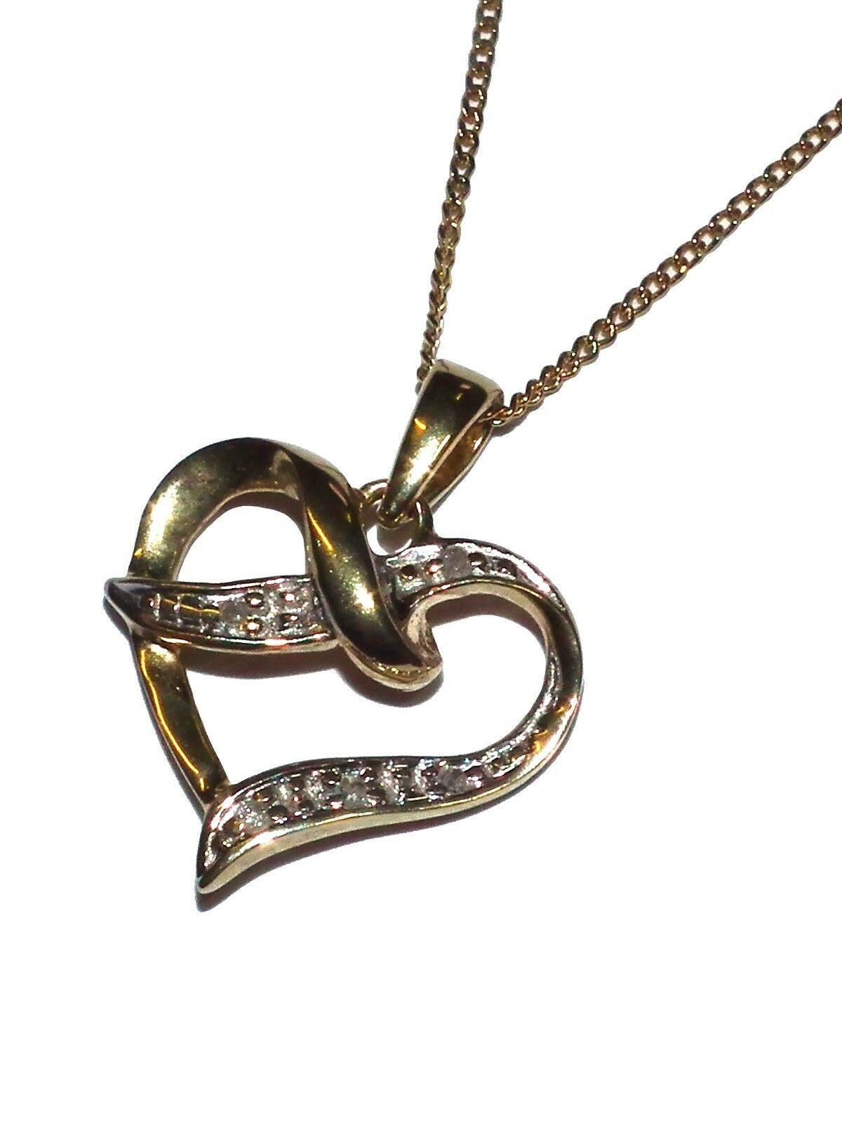 9ct Yellow gold & Diamond Heart Pendant with 18  Chain