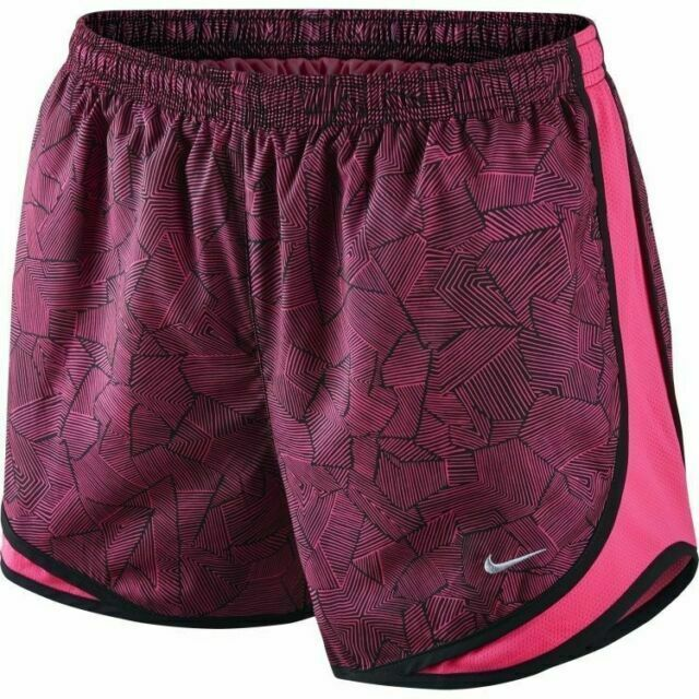 Size M Brand New Misses Pink /& Black Nike Lined Dri Fit Shorts