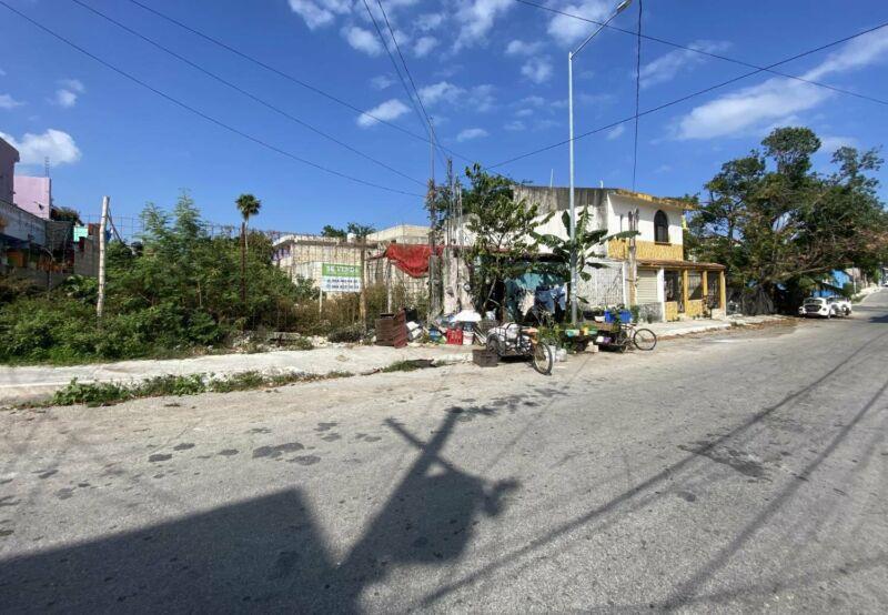Lote en venta en Playa Del Carmen, Colosio.