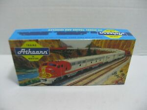 Athearn-40-039-AAR-Box-Car-Custom-Ested-Warema-amp-Brookny-HO-Scale-Assembled-NIB