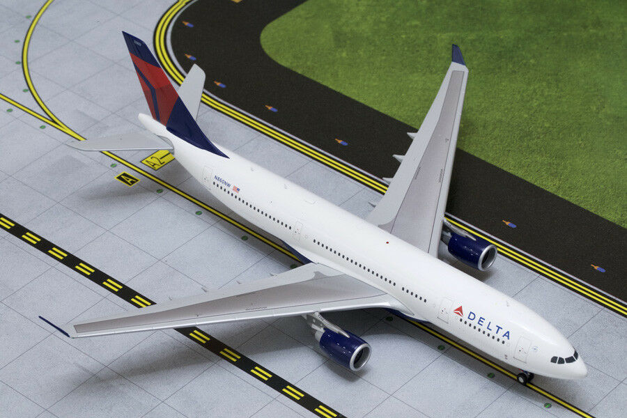 Gemini Jets 1 200 Scale Delta Air Lines Airbus A330-200 N860NW G2DAL332