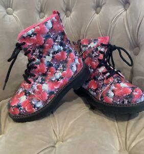 c2cdb59fd1e3 H M GIRLS FLORAL PINK BLACK DOC STYLE BOOT HI TOP SHOES UK 11 EU 30 ...
