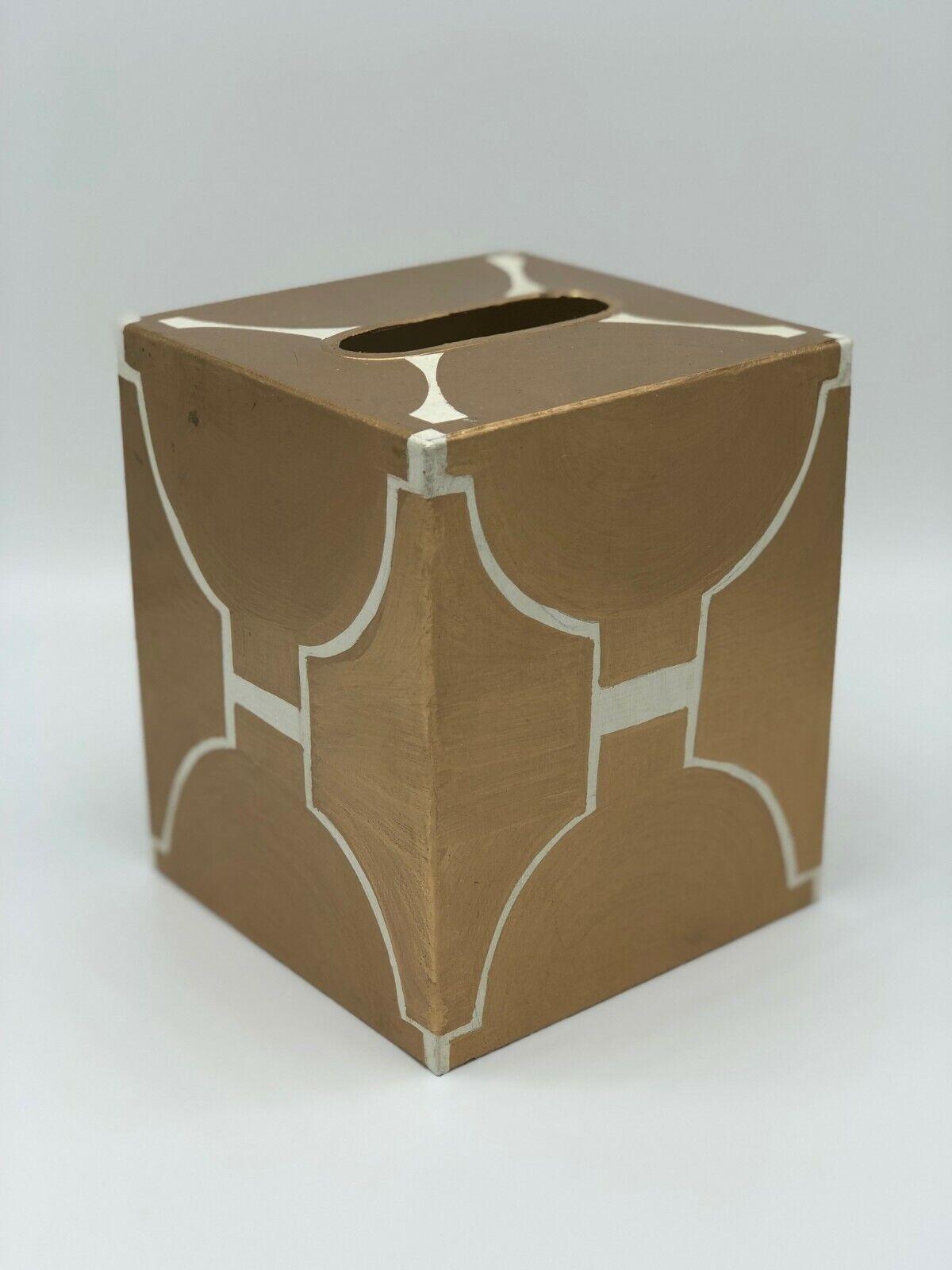 New Worlds Away Metal Tissue Box Startseite Gold and Cream
