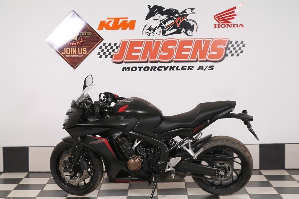 Honda, CBR 650 F, 649