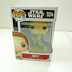 Funko-Pop-Star-Wars-The-Force-Awakens-Rey-With-Lightsaber-104
