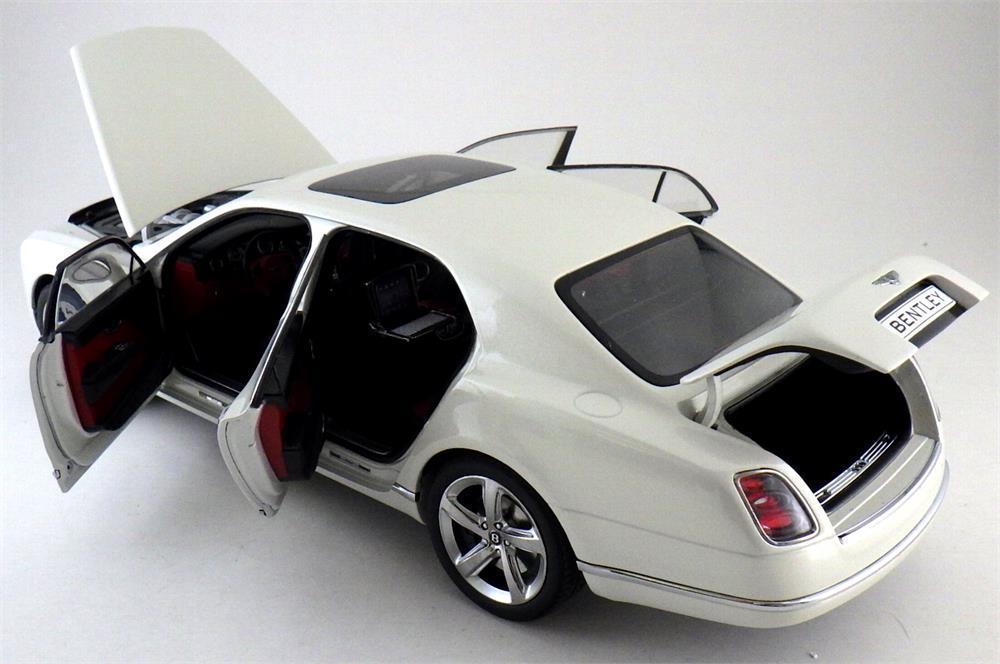 KYOSHO 2014 2014 2014 Bentley Mulsanne Speed-Ghost White w Full Openings 1 18New Item  e27a51
