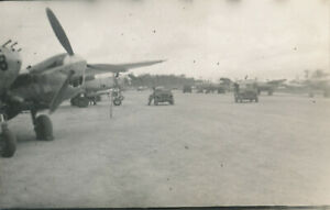 WWII-1940-039-s-USAAF-Biak-Air-Field-Photo-6-airplanes-Jeeps