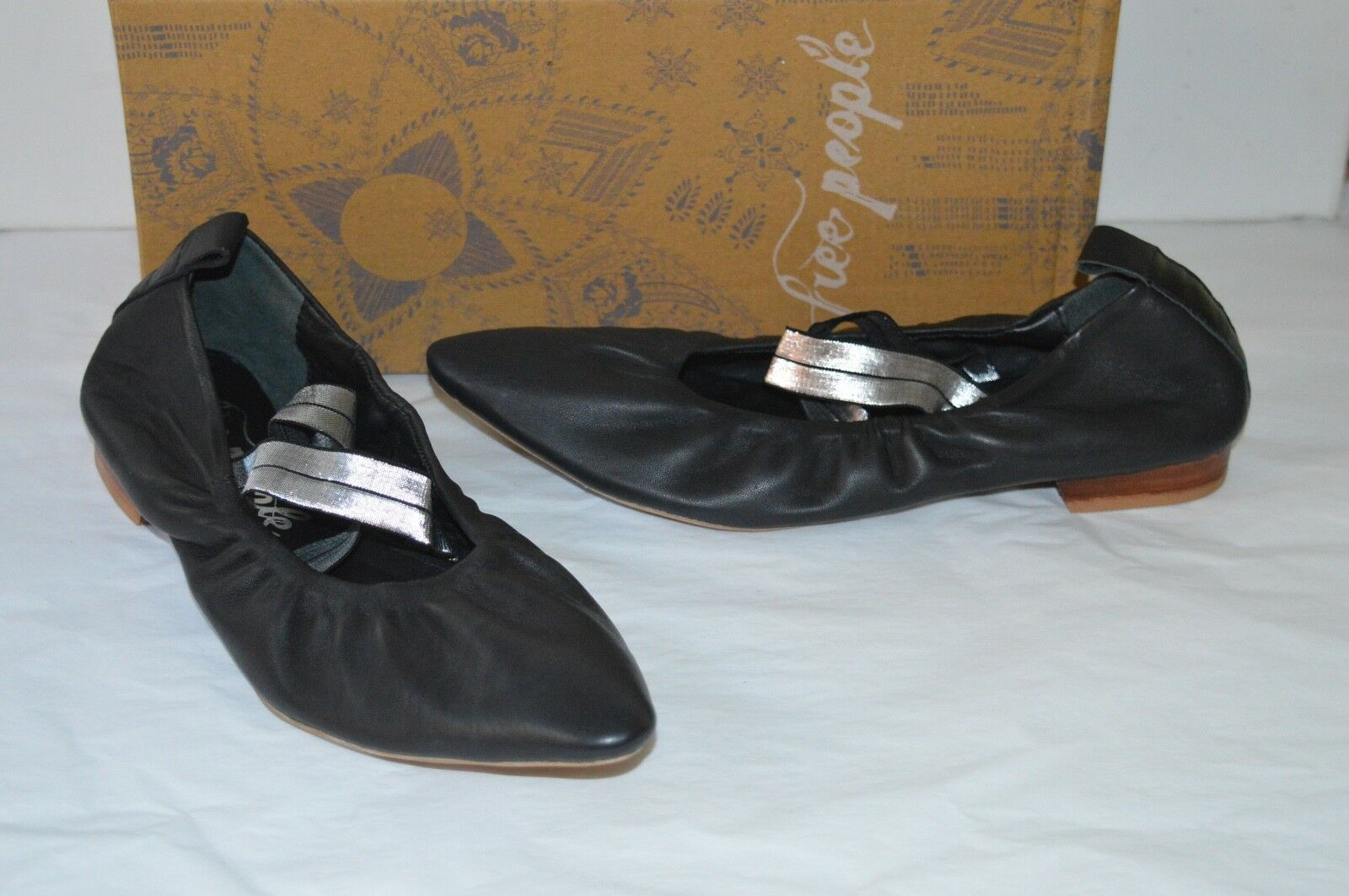 New  78 Free People Solitaire Pointed Toe Flat Black Leather Criss Cross Straps