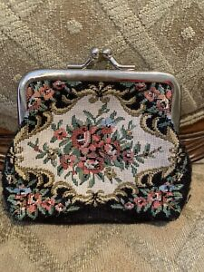 Vintage-Needlepoint-Embroidery-Coin-Purse-Change-Tapestry-Ladies-Black-Floral