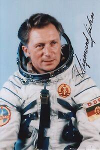 Original signiertes Foto DDR-Kosmonaut Sigmund Jähn †2019