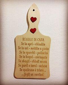 Tagliere in legno con le regole di casa idea regalo for Arredamento regalo